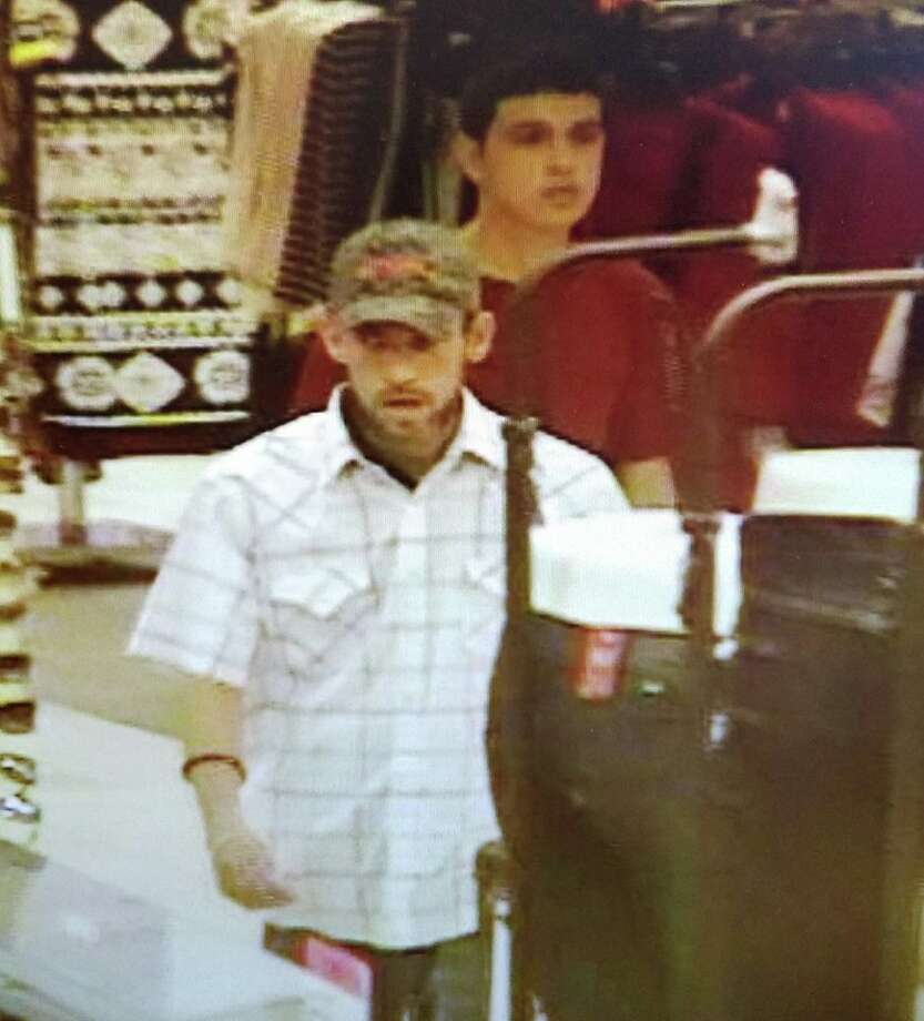 Authorities said these two men are wanted for allegedly stealing 28 pairs of jeans valued at $1,946.  Photo: Courtesy Laredo Police Department