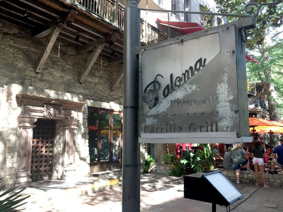 La Paloma Riverwalk Parrilla Grill at 215 Losoya St. has closed, and according to documents filed with the Texas Alcoholic Beverage Control Commission, it appears the Austin-based Gourdough's Public House is moving in. Photo: Paul Stephen / San Antonio Express-News