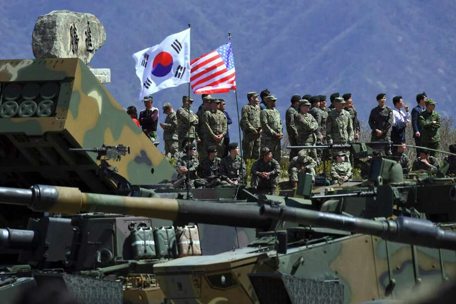 South Korean and U.S. soldiers participate in 2017 military training exercises. Photo: JUNG YEON-JE, Contributor / AFP/Getty Images / AFP or licensors