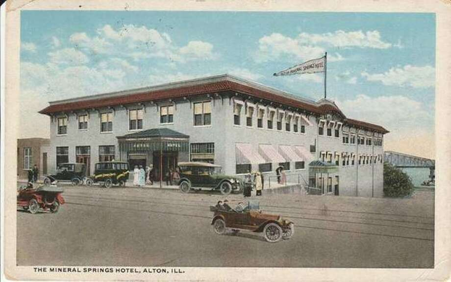 The Mineral Springs Hotel on Broadway in Alton, as it was in 1909, seven years before it served host to the city's first undertakers convention.