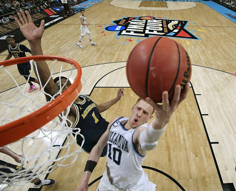 March Madness kicks off this weekend at the XL Center with matchups on Saturday, featuring the winners of the first round games on Thursday. Find out more. Photo: Chris Steppig / Associated Press