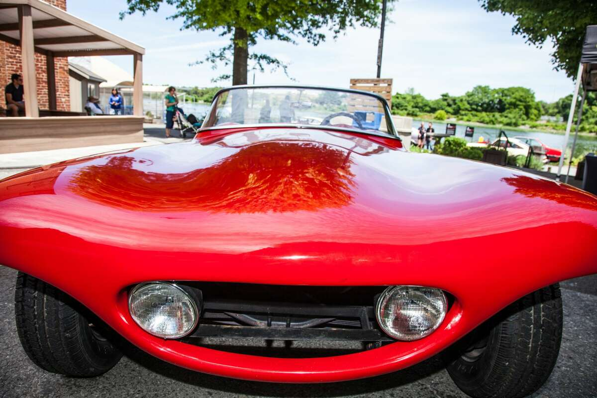 The Maritime Aquarium's first-ever Auto Show was held on June 16, 2018.  It featured 11 rare and cars all named for marine animals, including a 1956 Bangert Manta Ray, a 1962 Tiburon Roadster, Marlins, Barracudas, Sting Rays and more. Were you SEEN?