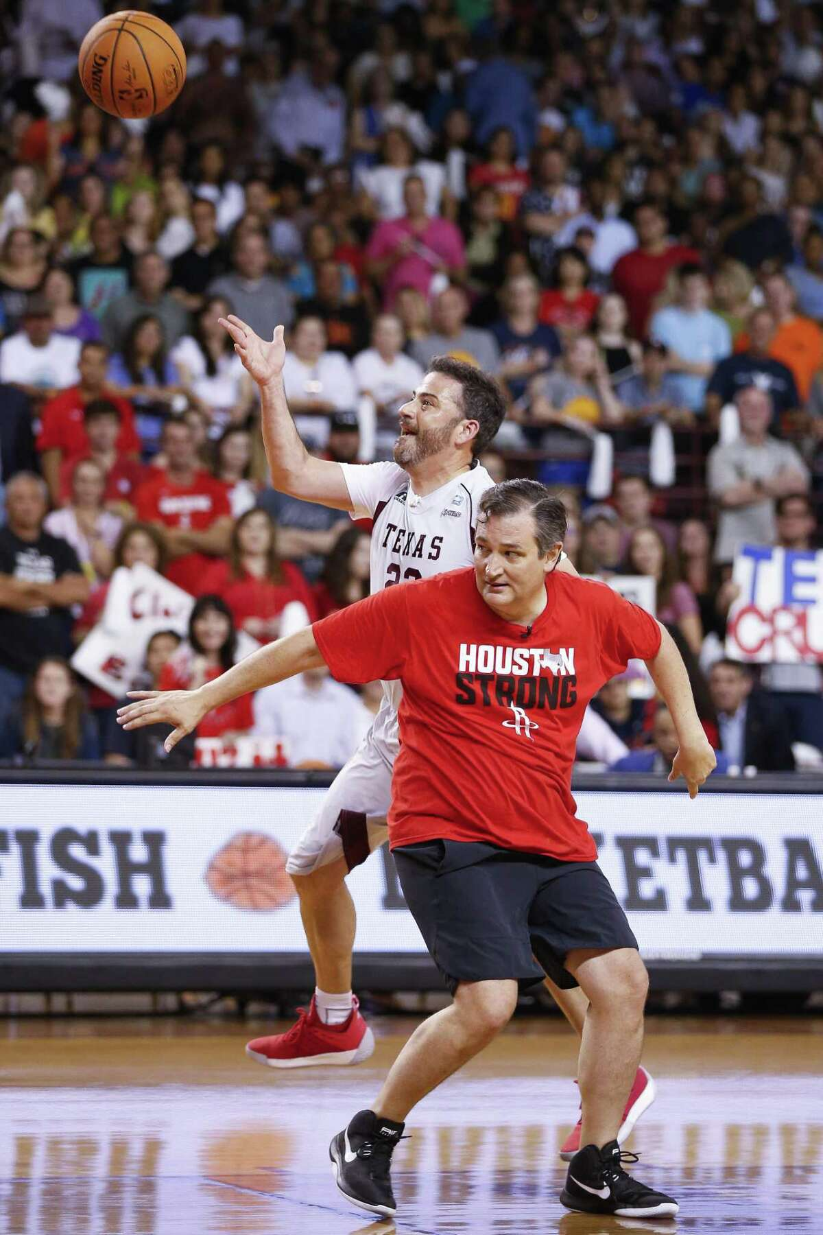 Jimmy Kimmel takes a shot over senator Ted Cruz during the Blobfish Basketball Classic and one-on-one interview at Texas Southern University's Health & Physical Education Arena Saturday, June 16, 2018 in Houston. Cruz challenged Kimmel to the game after Kimmel blamed the Houston Rockets playoff loss on the senator. (Michael Ciaglo / Houston Chronicle)