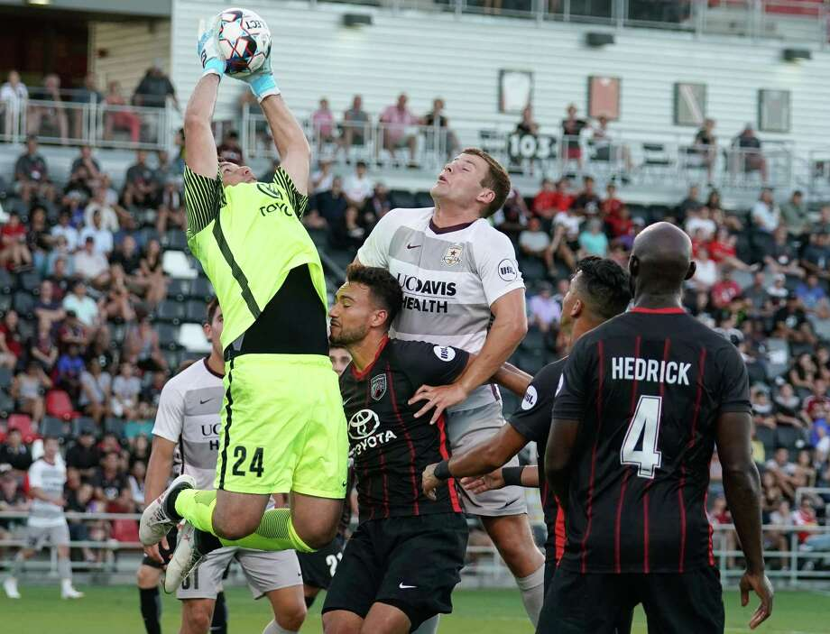 A little R R pays off for SAFC - San Antonio Express-News c2d22c6ef9