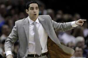 According to ESPN's Adrian Wojnarowski, Laredo native Kaleb Canales is joining the New York Knicks' coaching staff.
