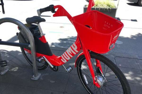 GeekWire's Monica Nickelsburg tested the only JUMP bike currently in Seattle.