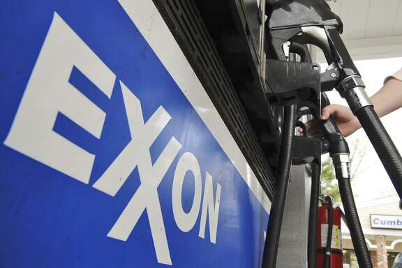 Gasoline prices in Texas and across the country fell again over the past week as crude prices dove amid expectations that OPEC will ramp up oil production later this month.