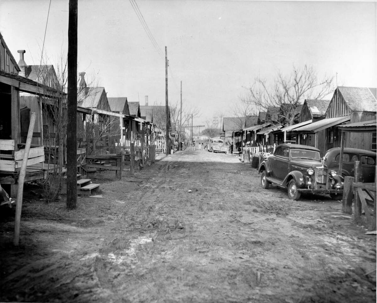 January 1951: Schrimpf Alley neighborhood is outside of downtown, near Navigation and Jensen Drive.