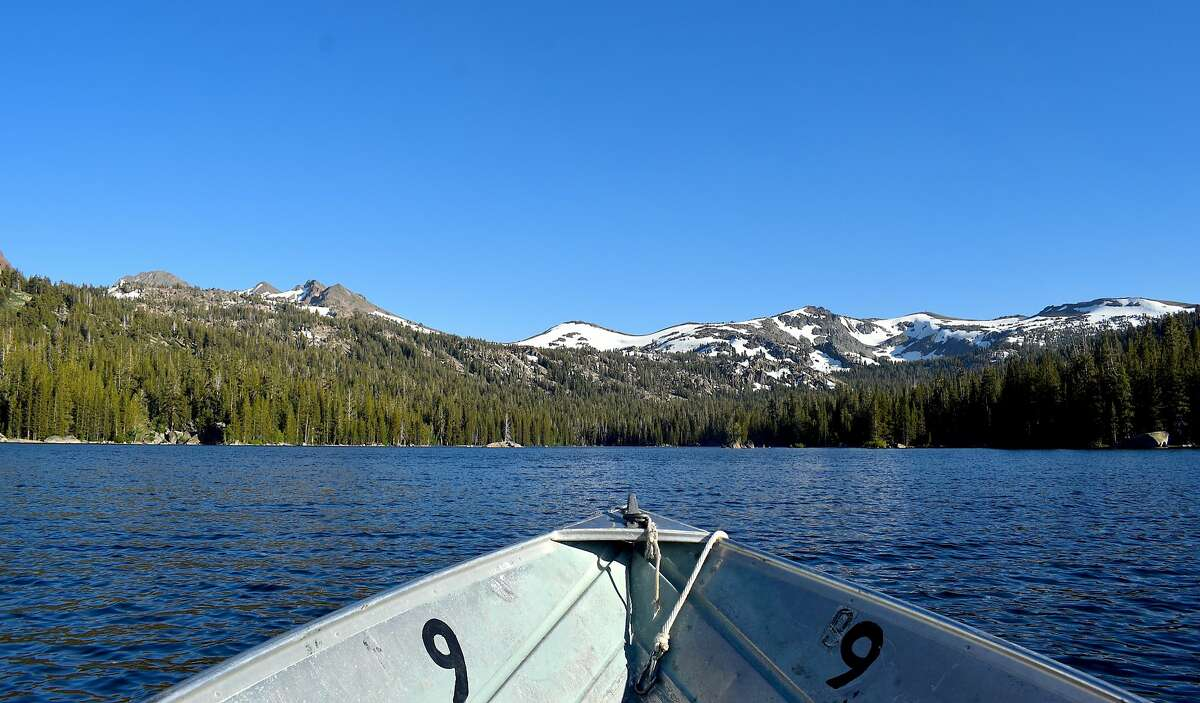 Caples Lake is a gorgeous 600-acre lake located near Carson Pass in the central Sierra Nevada with excellent cabins, camping, fishing, low-speed boating and hiking