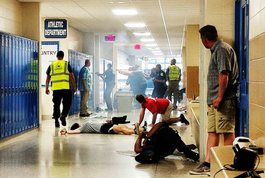 Police officers from various departments enact an active shooter simulation during a training session at Gladwin High School on Thursday, June 14, 2018. (Tereasa Nims/for the Daily News) Photo: (Tereasa Nims/for The Daily News)