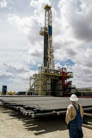 Texas loses 5 drilling rigs, U S  loses two - San Antonio