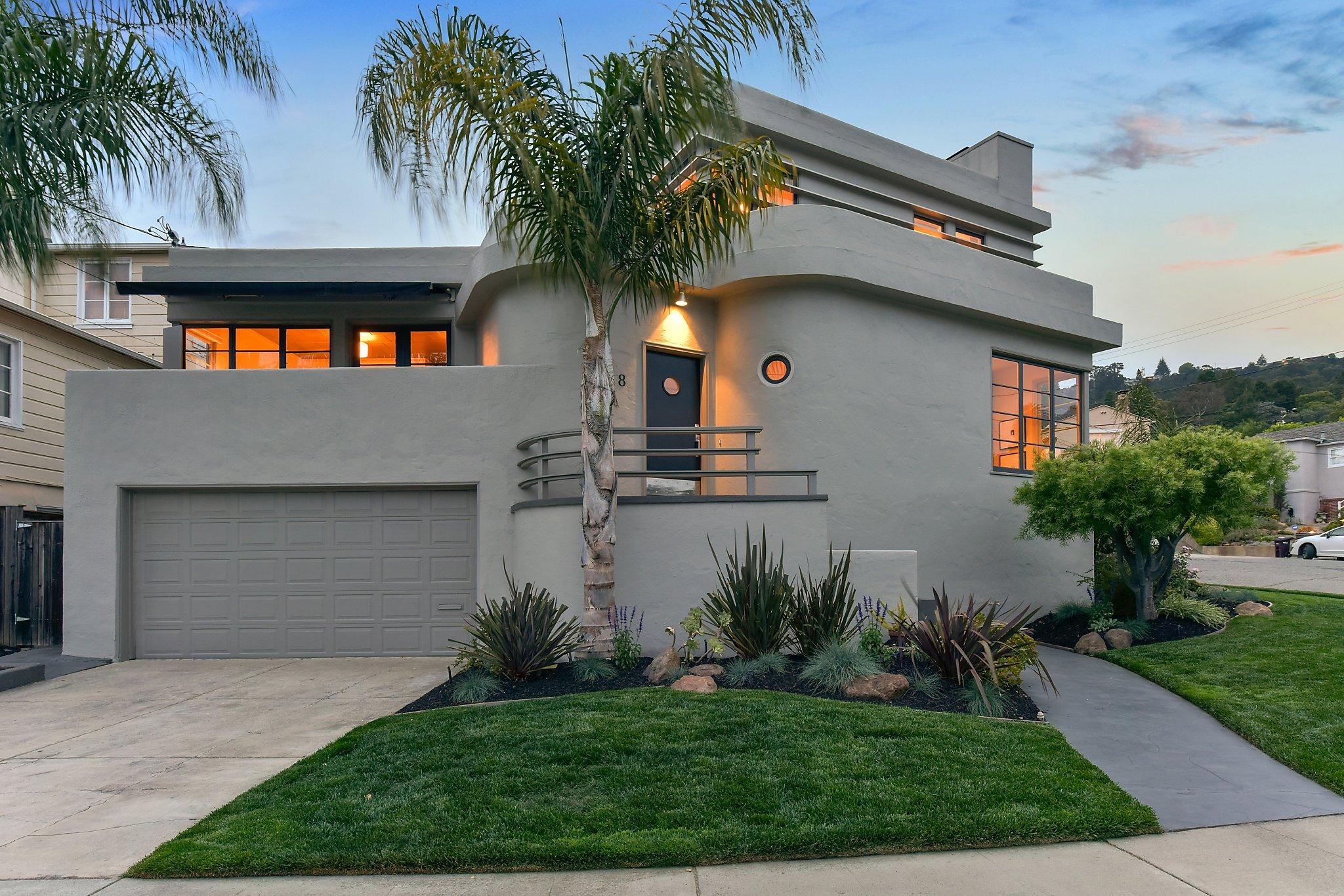 Walk-through: Oakland Art Deco Enjoys Tiered Backyard With
