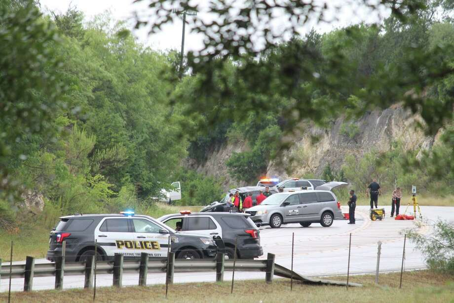 Two people are dead after an SUV spun out of control on Green Mountain Road in June 19, 2018. Photo: Fares Sabawi/San Antonio Express-News