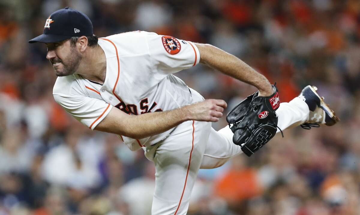 Houston Astros starting pitcher Justin Verlander (35) pitches against the Tampa Bay Rays during the sixth inning of a major league baseball game at Minute Maid Park on Tuesday, June 19, 2018, in Houston. ( Brett Coomer / Houston Chronicle )
