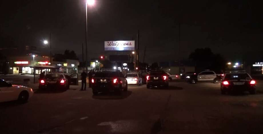 Houston police are investigating a possible drunken driving crash on Long Point in the Energy Corridor, on Tuesday night, June 19, 2018. Photo: Metro Video