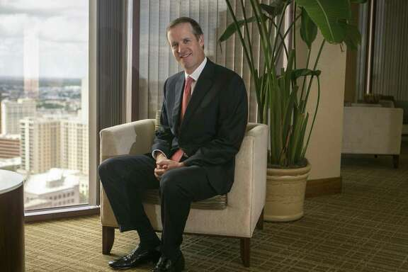 Daryl Lansdale, U.S. managing partner of Norton Rose Fulbright, said the 1989 stock market crash led him to choose a career as a corporate lawyer. He had considered becoming an investment banker.
