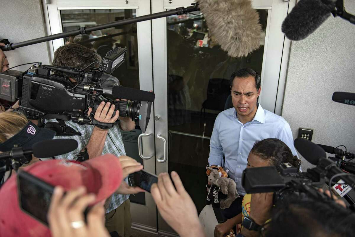 Julian Castro, former mayor of San Antonio and former secretary of U.S. Housing and Urban Development (HUD), speaks to members of the media while accompanying a young girl to deliver toys and letters to children inside a U.S. Border Patrol processing center in McAllen, Texas, U.S., on Sunday, June 17, 2018. Democrats escalated their attacks on PresidentDonald Trump's policy of separating immigrant children from parents who illegally cross the Mexican border, as public outrage over the practice balloons into an election-year headache for Republicans. Photographer: Sergio Flores/Bloomberg