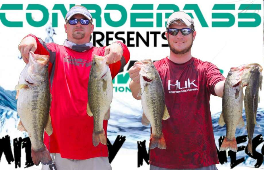 Kyle Edge and Aaron Self came in third place in the CONROEBASS/CASTAWAY Mid-Day Madness Tournament with a big bass weighing 18.46 pounds. Photo: Conroe Bass