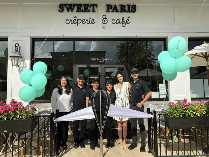 It was a sweet weekend for Sweet Paris Crêperie & Café as they celebrated their grand opening in La Centerra at Cinco Ranch with a ribbon cutting ceremony and trés délicieux cuisine. Sweet Paris La Centerra at Cinco Ranch is located at 23501 Cinco Ranch Blvd., S120, Katy, TX 77494.