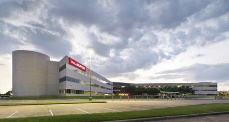 A local private investment group has purchased Halliburton's former Oak Park campus. The 48-acre campus, located just west of Bellaire Boulevard and the Sam Houston Tollway in Westchase, contains a 568,000-square-foot office building, a 17,500-square-foot fitness facility, a daycare center, central plant and five-level parking garage. JLL handled the sale in conjunction with Williams & Williams.