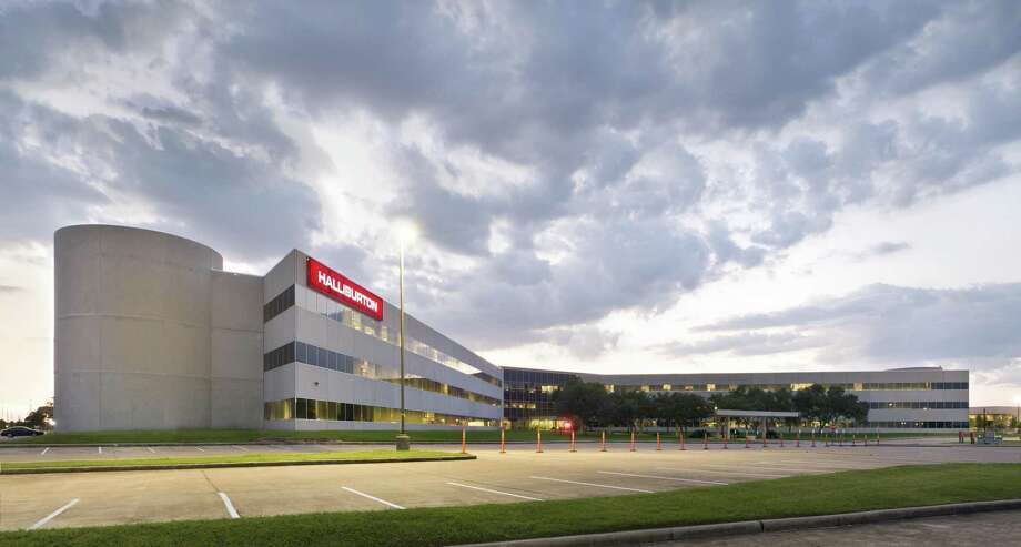 A local private investment group has purchased Halliburton's former Oak Park campus. The 48-acre campus, located just west of Bellaire Boulevard and the Sam Houston Tollway in Westchase, contains a 568,000-square-foot office building, a 17,500-square-foot fitness facility, a daycare center, central plant and five-level parking garage. JLL handled the sale in conjunction with Williams & Williams. Photo: JLL / ©2012 Jerry Jones