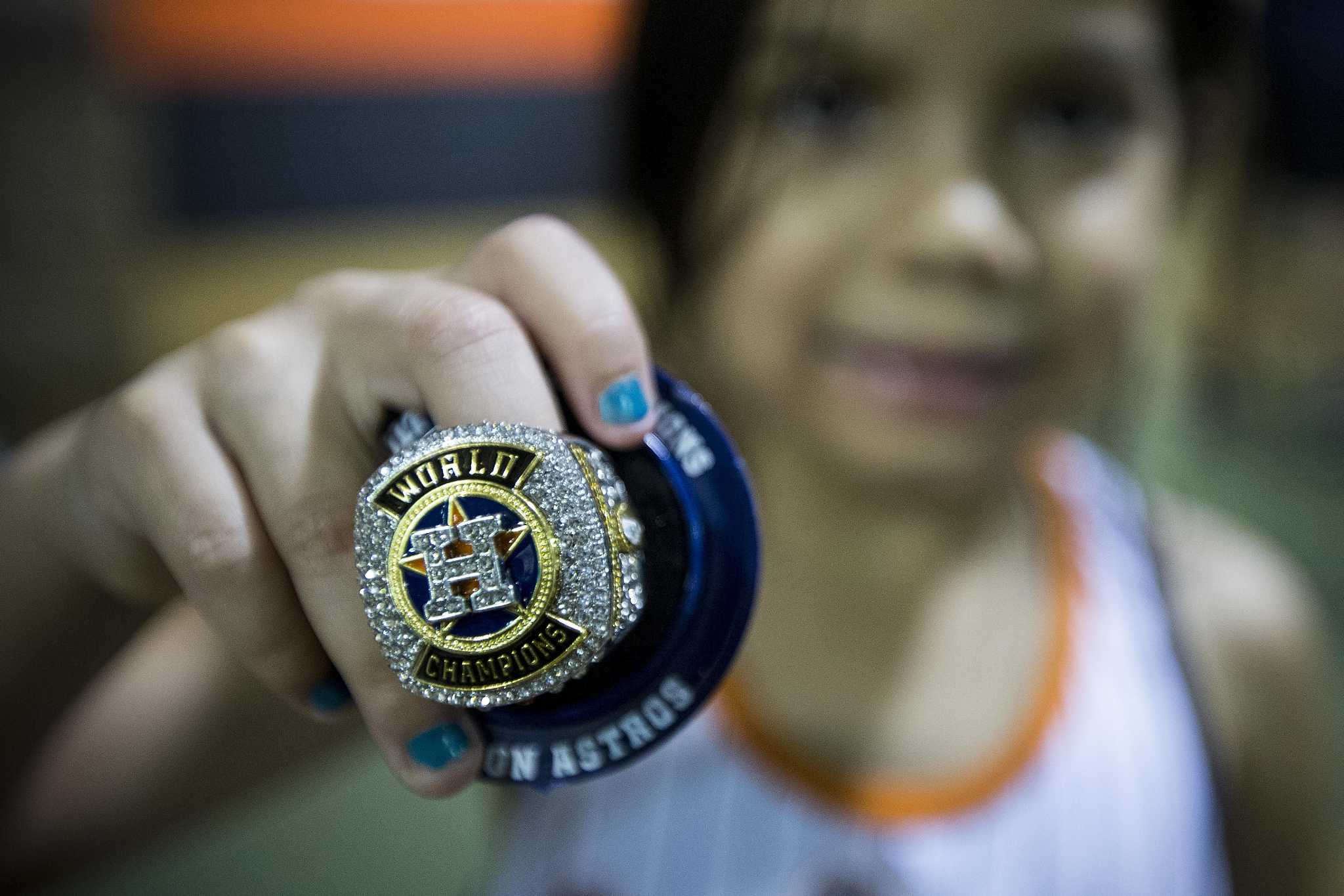 50bdeea0ae2c How Astros  World Series replica rings became hottest ticket in town ...