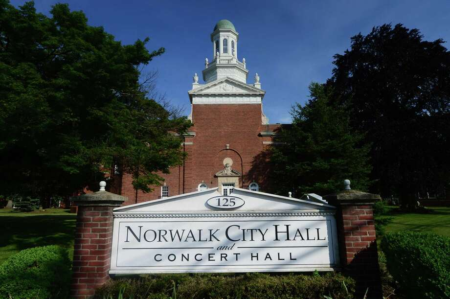 Norwalk City Hall Photo: Erik Trautmann / Hearst Connecticut Media / (C)2016, The Connecicut Post, all rights reserved