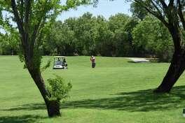 ARCHIVO — El torneo se llevará a cabo en el campo de golf Max Mandel Municipal Golf Course.