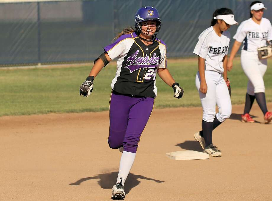 Amador Valley's Danielle Williams finished with a 0.59 ERA after pitching four shutouts — including a no-hitter — in the North Coast Section Division 1 playoffs. Photo: Angelo Garcia Jr. / MaxPreps