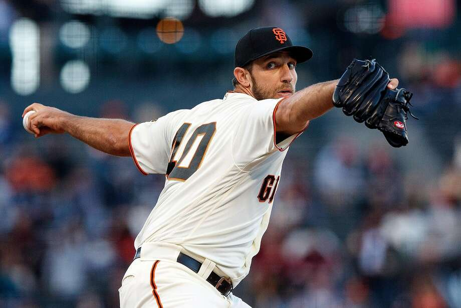 SAN FRANCISCO, CA - JUNE 21: Madison Bumgarner #40 of the San Francisco Giants pitches against the San Diego Padres during the first inning at AT&T Park on June 21, 2018 in San Francisco, California.  (Photo by Jason O. Watson/Getty Images) Photo: Jason O. Watson / Getty Images