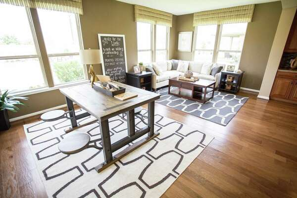 3of 16Many Architects, Builders And Homeowners Believe A Formal Dining Room  Space Is Essential In A Home, Even If Its Owners Donu0027t Use It As One.