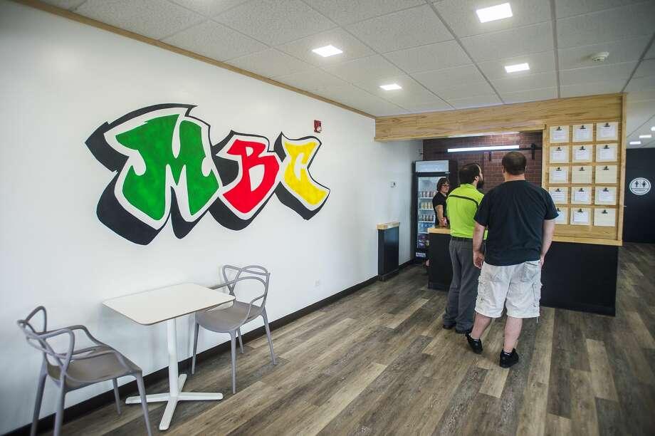 Midland Burger Company's new location on Ashman Street nextdoor to Espresso Milano is open for business on Friday, June 22, 2018. (Katy Kildee/kkildee@mdn.net) Photo: (Katy Kildee/kkildee@mdn.net)