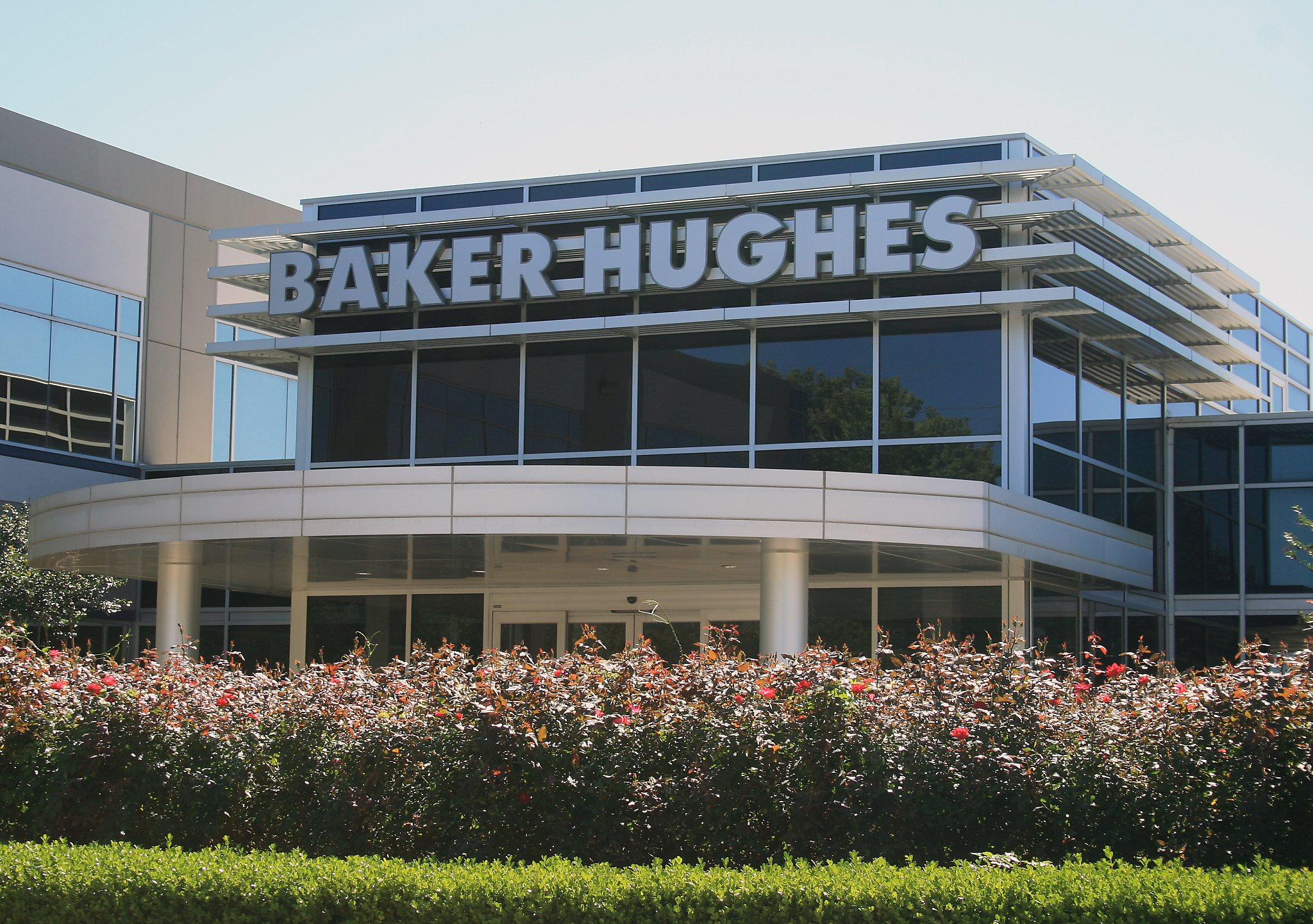 Baker Hughes To Pay 550 Million For Stake In Adnoc