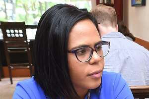 Eva Bermudez Zimmerman of Newtown on Friday won the endorsement of organized labor in her bid to campaign for the Democratic primary for lieutenant governor.
