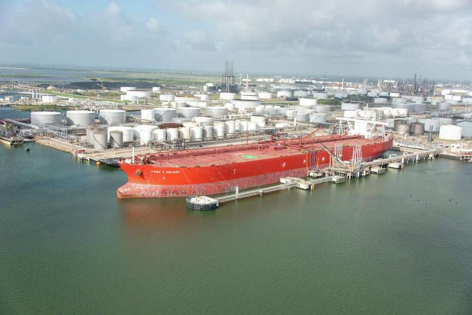 The FPMC C Melody was the first Very Large Crude Carrier to dock and take on crude oil in Texas City. NEXT: See major pipeline projects in Texas that will bring oil for export to the Gulf Coast. Photo: Enterprise Products Partners L.P. / ENTERPRISE