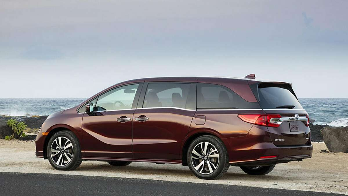 These are the 10 cars that drivers keep the longest after buying them brand new 10. Honda Odyssey Avg. years of ownership:8.3 years