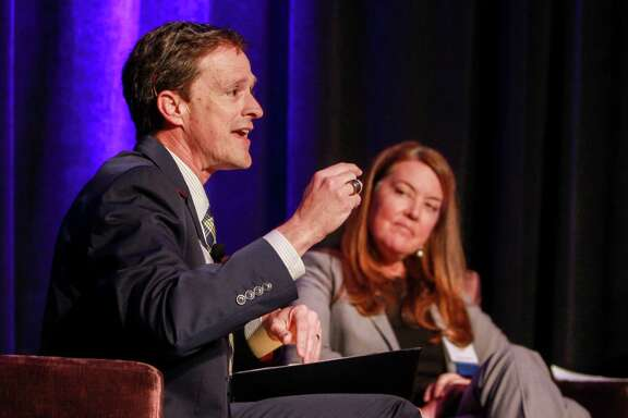 Klein ISD Superintendent Bret Champion and Colleen Dippel during the panel discussion at the Teach for America gala dinner.    (For the Chronicle/Gary Fountain, March 29, 2018)