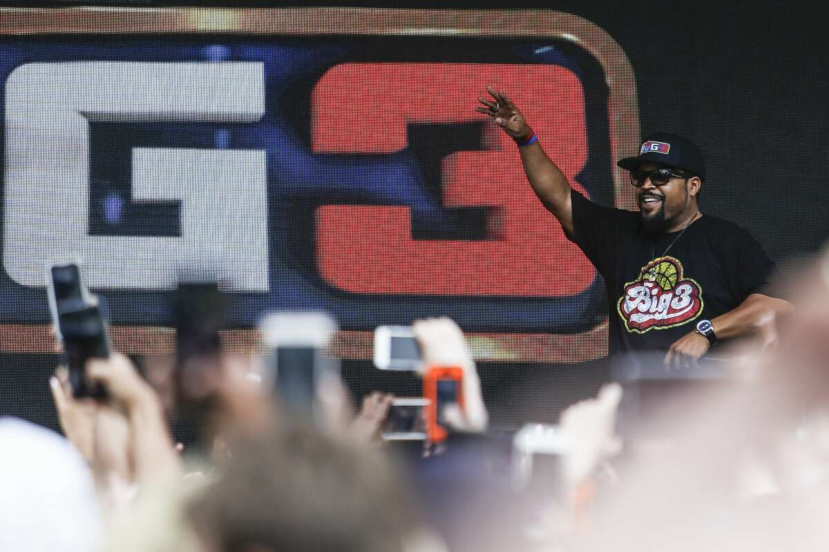 Big3 basketball league co-creator Ice Cube performs before the start of the 3-on-3 pro basketball season at the Toyota Center Friday, June 22, 2018. (Michael Ciaglo / Houston Chronicle)