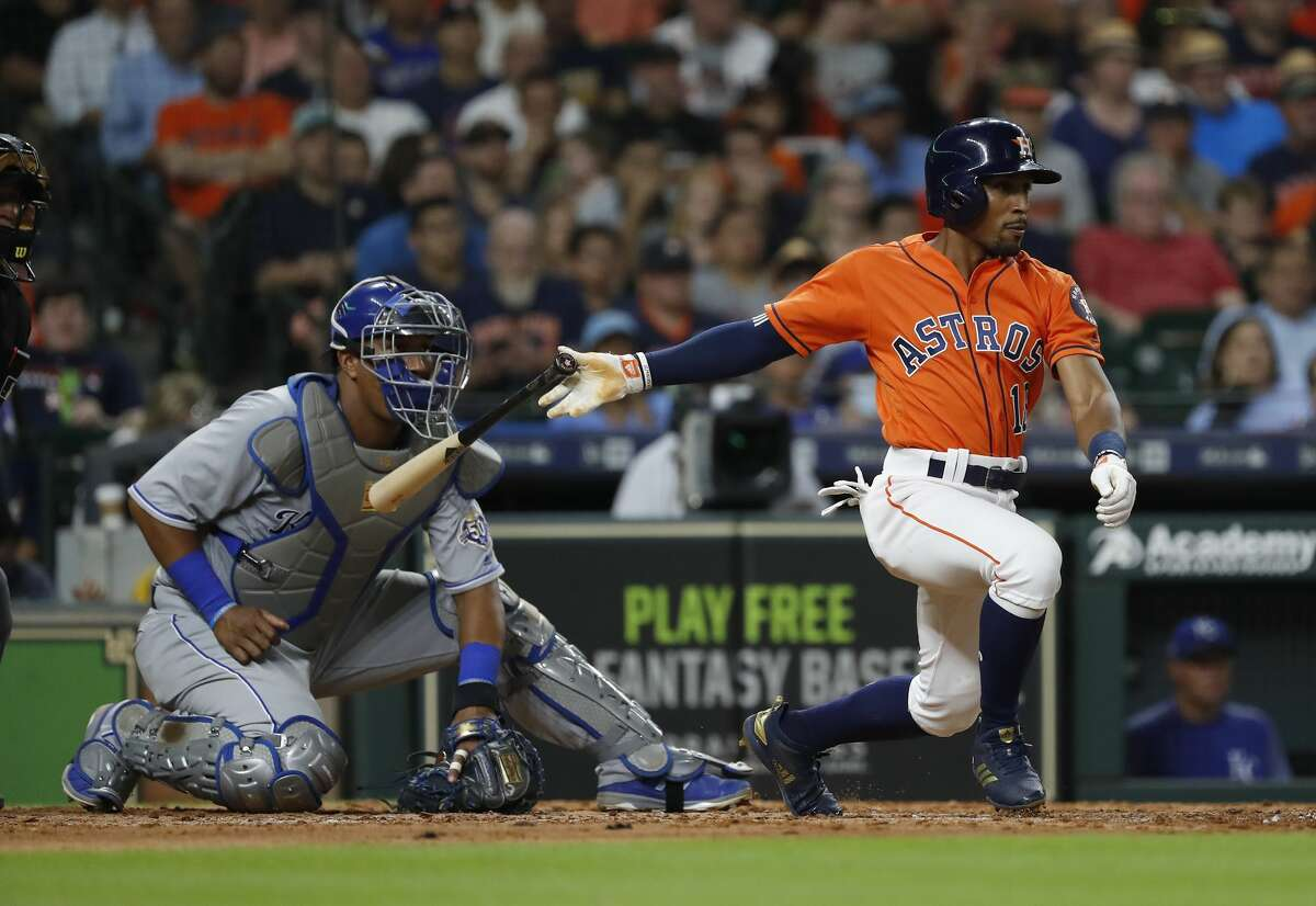 Houston Astros Tony Kemp (18) grounds into a force out during the seventh inning of an MLB baseball game at Minute Maid Park, Friday, June 22, 2018, in Houston. ( Karen Warren / Houston Chronicle )