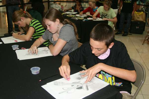 Entering fifth and sixth grade students will create original works of art at the sixth annual Summer Art Workshop at The Woodlands Mall on Saturday, July 28 from 10 a.m. to noon.