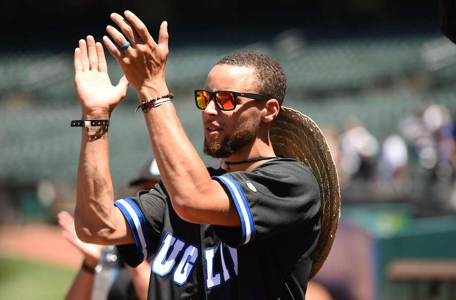 Stephen Curry during the 4th annual Juglife Foundation Water For Life Charity Softball Game held at Oakland-Alameda County Coliseum Saturday June 23, 2018. Photo: Cody Glenn, Special To The Chronicle