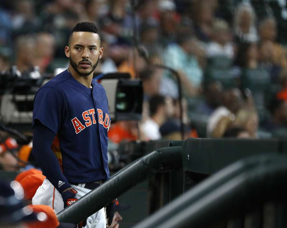 Houston Astros Carlos Correa (1) in the dugout during the fourth inning of an MLB game at Minute Maid Park, June 24, 2018, in Houston.   ( Karen Warren  / Houston Chronicle ) Photo: Karen Warren/Houston Chronicle