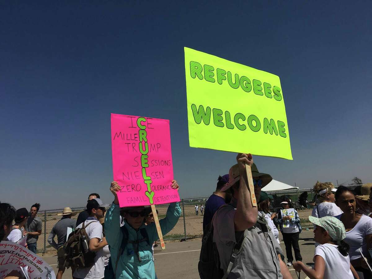 Hundreds of people gathered at the Tornillo port of entry Sunday morning to protest federal immigration policies.