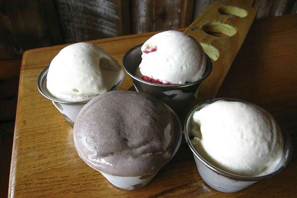 Boozy's Creamery & Craft reopens in new Southtown location