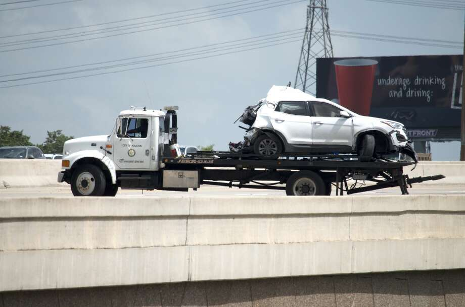 1 dead in violent rear-end crash on Eastex Freeway - Houston