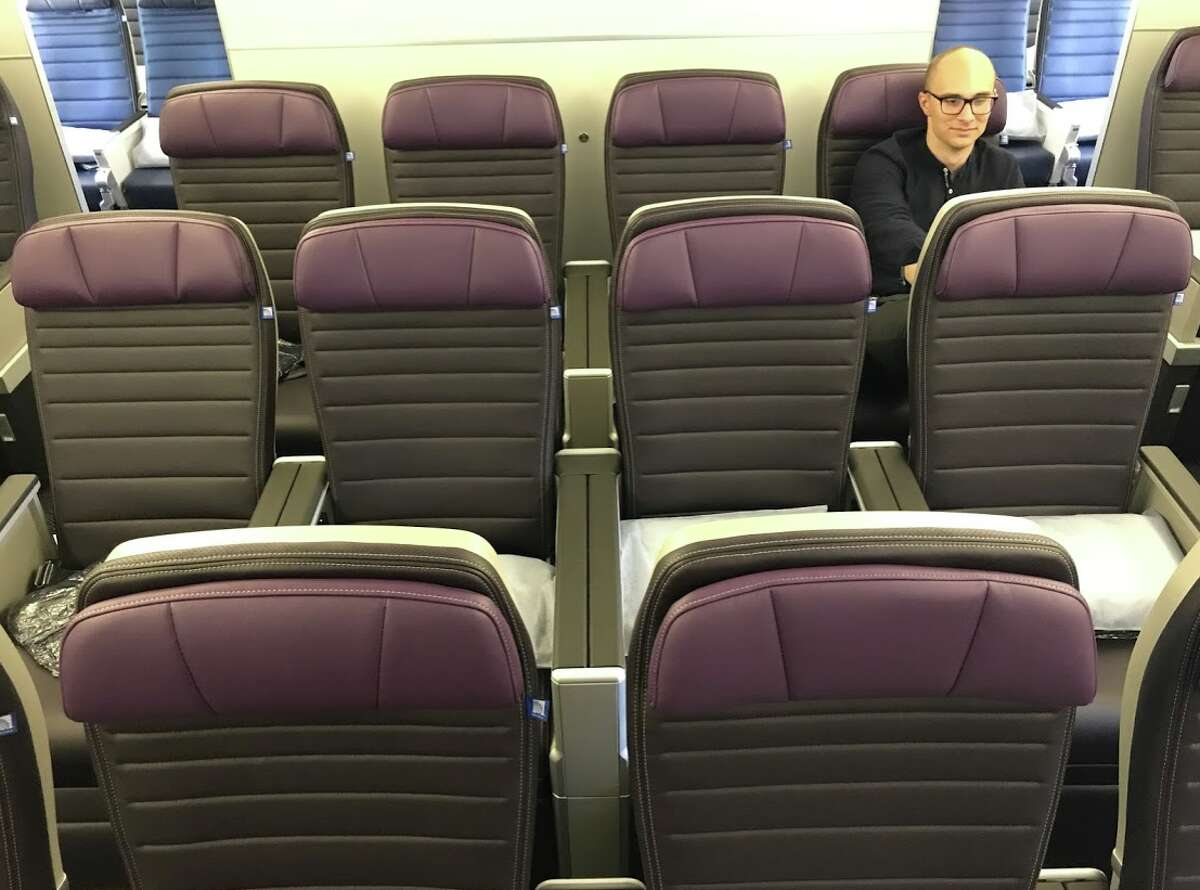United Airlines' new Premium Plus seat on a Boeing 777-200ER