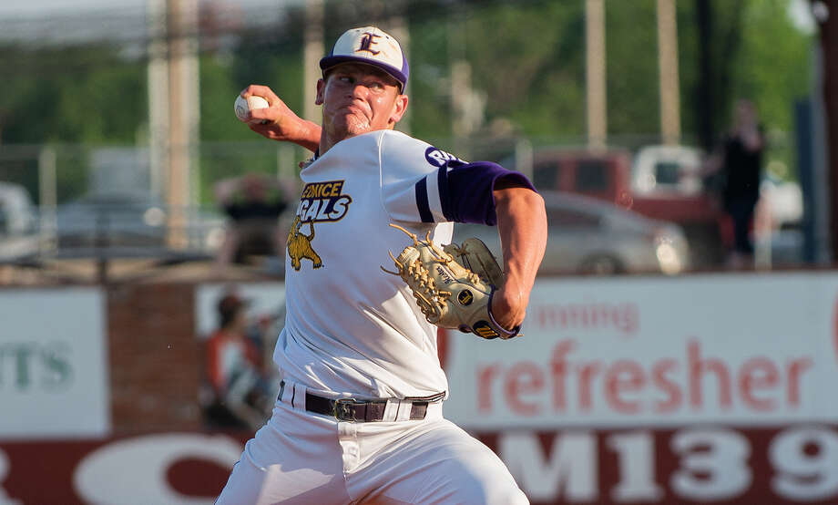 Vidor native Zach Hester throws a pitch during a game for LSU Eunice. (Photo provided by LSU Eunice.)