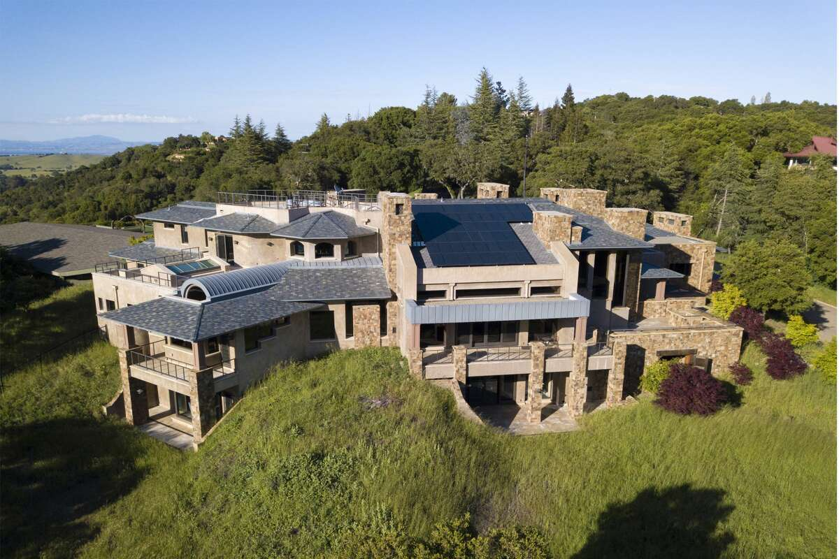 An aerial view of 610 Los Trancos Road in Palo Alto, a home which is asking for $96.8 million. If sold for more than $31 million, it will be the most expensive Bay Area home sold in the last decade.