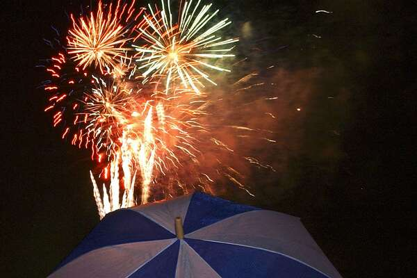 San Antonio's official Fourth of July celebration is at Woodlawn Lake Park.