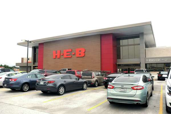 H E B Bellaire Shopping Center Gets New Owner Houstonchronicle Com